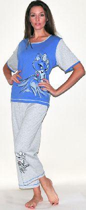 Домашний костюм - футболка с серым рукавом и серые бриджи. Арт. 05146Г156